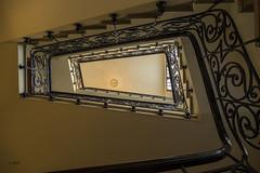 Treppenhaus (hph46) Tags: kanaren lapalma santacruzdelapalma spanien treppenhaus stairwell geometrie formen sony alpha7r canonef2470mm14lisusm ayuntamiento rathaus