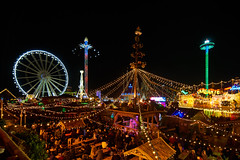 London Winter Wonderland - Bavarian Beer Village (paulinuk99999 (lback to photography at last!)) Tags: london december 2017 hyde park paulinuk99999 winterwonderland night nightshot bavarianvillage beer funfair rides tokina 1116mm