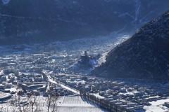 Martigny (bulbocode909) Tags: valais suisse martigny villes montagnes nature neige maisons immeubles châteaux valléedurhône brume