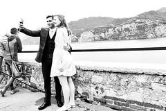 selfie (jazzfoto.at) Tags: sw bw schwarzweiss blackandwhite blackwhite noirblanc biancoenero blancoynegro italien italia italy italya itálie italië urlaub feriado vakantie dovolená vacation vacances sony sonyrx100m3 rx100m3 rx100miii sonyrx100iii sonydscrx100iii dscrx100iii pretoebranco