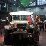 Hostese na Gospodarsko razstavišče - GR za Mercury Training. www.agencija22.si http://www.gr-sejem.si