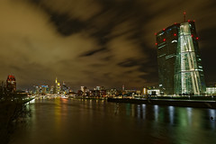 Frankfurt (Rolf Majewski) Tags: frankfurt skyline hessen deutschland nachtaufnahme langzeitbelichtung longexposure stadt ezb