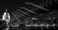 London - The Millennium bridge + St. Paul (Bardazzi Luca) Tags: londra london british united kingdom inghilterra regno unito gran bretagna metropoli city citta europe luca bardazzi desktop wallpapers image olympus em10 micro four thirds 43 foto flickr photo picture internet web