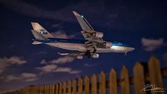 Blue Queen Again ! (LASCAR35) Tags: 35mm14 6d b747 boieng cyul canon klmphbfbb747400 night nightphotography plane spotting winter