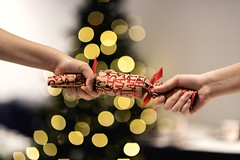 The Holiday Fun Is All Over (Daniel E Lee) Tags: canoneos6dmarkii 6dmarkii canon6dmarkii canon6dii 6d2 canon eos fullframe sigma85mmf14exdghsm sigma85mmf14 sigma 85mm prime primelens bokeh bokehlicious photo photosbydlee photography australia sydney newsouthwales nsw summer christmas christmascrackers hands holidays festiveseason