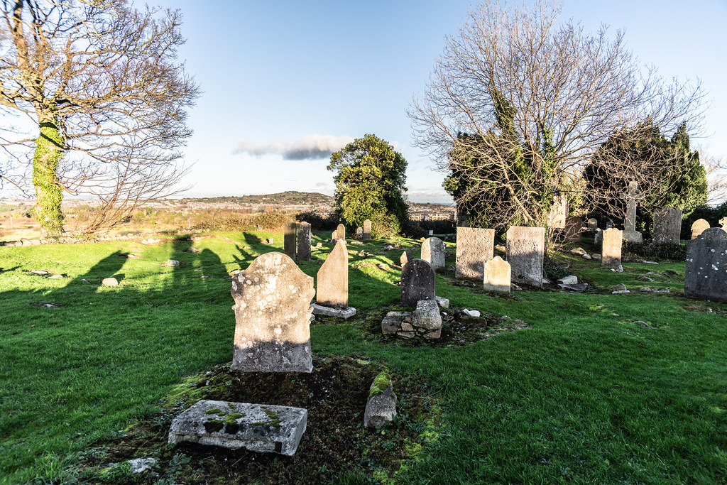 ANCIENT CHURCH AND GRAVEYARD AT TULLY [LAUGHANSTOWN LANE NEAR THE LUAS TRAM STOP]-134576