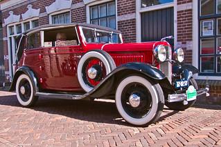 Ford Model B-400 V8 DeLuxe Convertible Sedan 1932 (3958)