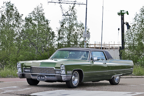 Cadillac Coupe DeVille 1968 (0630)