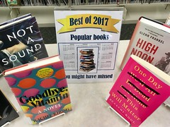 Best of 2017 - Popular Books (Lester Public Library) Tags: lesterpubliclibrary 365libs librariesandlibrarians tworiverswiscsonsin wisconsinlibraries publiclibrary library libraries book books bookdisplay