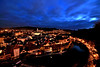 Český Krumlov (Daniel Nebreda Lucea) Tags: town pueblo city ciudad blue golden hour night noche lights luces river rio sky cielo best flickr winter invierno 2017 2018 travel viajar europe europa old viejo antiguo nature naturaleza shadows sombras houses casas sunset atardecer long exposure larga exposicion angle streets calles picture panorama panoramica christmas navidades cold frio litlle pequeño snow nieve clouds nubes favorite favorita mejor new year happy beautiful reflection reflejo