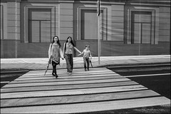 drd160605_0652 (dmitryzhkov) Tags: russia moscow documentary street life human monochrome reportage social public urban city photojournalism streetphotography people bw crossing crosswalk group bunch kid parent walk walker pedestrian dmitryryzhkov blackandwhite publicplace everydaylife everyday candid stranger