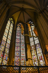 Symbols (trainmann1) Tags: nikon d7200 nikkor 18200mm amateur handheld europe november 2017 fall cold germany cologne vikingrivercruise vikingtialfi cathedral churchofsaintpeter stpeter church romancatholic catholic godly religion massive stone glass stainedglass architecture inside indoors interior colorful colors window windows relics jesus jesuschrist crucifix
