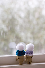 Watching the snowfall (Arielle.Nadel) Tags: danbo danboard minidanbo snow winter toyphotography yotsuba