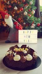 """🎉 Happy New Year! 🎉  Fantastik """"réveillon"""" 100% chocolat (Claire Coopmans) Tags: happynewyear bonneannée fantastik cacao chocolat creme mousses biscuits grué gelée 2018 gateau cake christophemichalak michalak belgique belgium chocolaterie chocolate croustillant gourmand croquant"""