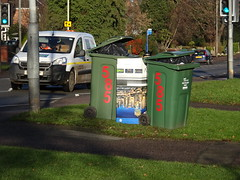 The Queen's Telly (stevenbrandist) Tags: samsung recycling wheelie bin green winter 585 birstall leicestershire citroen van