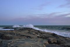 Mare d'inverno (Kemako Team) Tags: nikon cielo mare onde santostefanoalmare vento liguria d3100 inverno molo