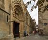 Exit from the Catedral de Barcelona (pxls.jpg) Tags: barcelona tokina1116f28 canon50d catalunya spain es