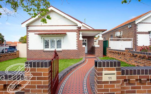 11 Tangarra St, Croydon Park NSW 2133
