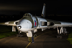 Avro Vulcan B2 - 63 (NickJ 1972) Tags: wellesbourne airfield avro 698 655maps maps vulcan b2 photoshoot photo photocall shoot nightshoot night timeline events tle xm655