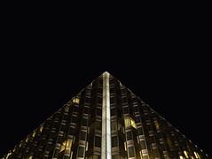 XMASS (krisztian brego) Tags: olympus omd em1 mzuiko digital 714mm f28 pro budapest sofitel chain bridge hotel architecture building facade corner night sky handheld