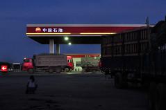 along the road (bruno vanbesien) Tags: china xinjiang zhōngguó night truck 中国 turpan cn