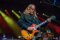 Gov't Mule and Ann Wilson - 2017 Xmas Jam (Asheville, NC) (David Simchock Photography) Tags: asheville christmasjam davidsimchock davidsimchockphotography frontrowfocus go4dindasproductinos govtmuleandannwilson habitatforhumanity hardheadmanagement nikon northcarolina uscellularcenter uscc warrenhayneschristmasjam xmasjam avl avlent avlmusic band benefit concert event festival fundraiser image livemusic music musician performance photo photography usa