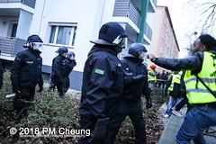 Demonstration: Oury Jalloh – Das war Mord! Touch One – Touch all! – 07.01.2018 – Dessau-Roßlau - IMG_8143 (PM Cheung) Tags: ouryjalloh dessauerverhältnisse antifademonstration rassismus jallohdemo protest gedenkdemonstration sachsenanhalt polizei dessau dessauroslau stadtpark albertoadriano initiativeingedenkenanouryjalloh neonazis polizeigewalt vertuschung rassistischepolizeigewalt andrépoggenburg afdkundgebung afd afdsachsenanhalt 07012018 facebookcompmcheungphotography antifademo umsganze 2018 rechtsruck pmcheung rechtsextremisten gedenken jahrestag ouryjallohdemo2018 yangjieli ouryjallohdaswarmord mengcheungpo antirassismus ouryjalloh–daswarmordtouchone–touchall gedenkkundgebungamtodestagvonouryjalloh mariolehmann annemariekeding folkerbittmann blacklivesmatter nsu