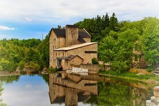 Elora Ontario - Canada - Elora Mill Inn - Reflection