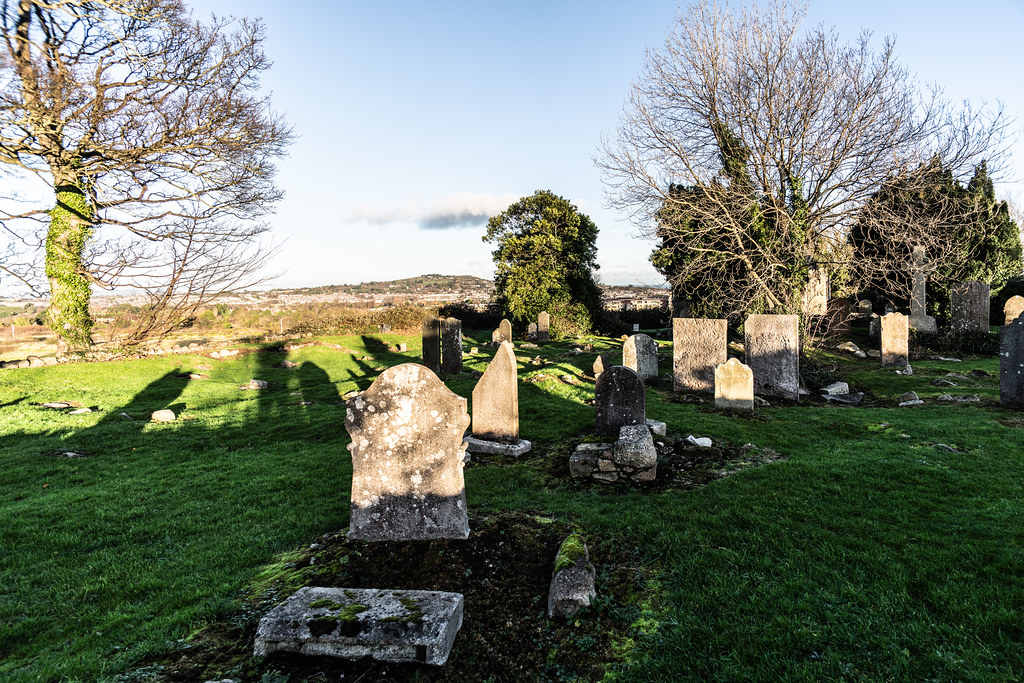 ANCIENT CHURCH AND GRAVEYARD AT TULLY [LAUGHANSTOWN LANE NEAR THE LUAS TRAM STOP]-134577