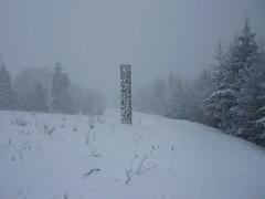 """State of Mind"" (Jörg Paul Kaspari) Tags: erbeskopf gipfel gipfelplataeu winter schneewanderung schnee skulpturenweg skulptur sculpture bodokorsig stateofmind sculpturetrail snow gipfelpfad naturparksaarhunsrück nationalpark saarhunsrücksteig"