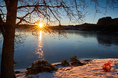 Merry Christmas from Norway! (Vest der ute) Tags: xt2 water waterscape landscape lake rogaland trees tree snow winter earlymorning sunrise outdoor ice norway haugesund eivindsvatnet fav25 fav200
