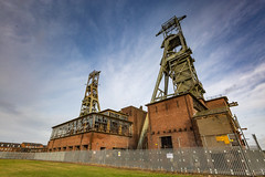 Clipstone Headstocks (kevaruka) Tags: clipstone clipstonepit clipstoneheadstocks mining miners destruction industrial industry ncb nationalcoalboard colour colours countryside countrypark uwa ultrawideangle sky clouds cloudy cloudyday cloud sun sunshine sunny sunnyday winter 2017 december decembersun xmas christmas canon flickr frontpage ilobsterit composition water lake afternoon canoneos5dmk3 canon5dmk3 canonef1635f28mk2 5d3 5diii 5d 5dmk3 england blue green yellow