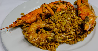 Christmas Dinner (Lobster Paella) (High ISO) (Valencia - Spain) (Fujifilm X100F with TCL 50mm Teleconverter)  (1 of 1)