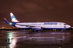 SunExpress Germany D-ASXR HAJ at Night (U. Heinze) Tags: aircraft airlines airways flugzeug haj hannoverlangenhagenairporthaj eddv planespotting plane nikon night