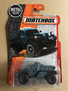 Mattel Matchbox  - Number 67 / 125 - Road Raider - Military Police - Miniature Diecast Metal Scale Model Emergency Services Vehicle