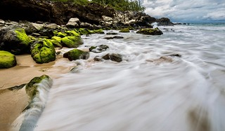 The incoming Maui tide