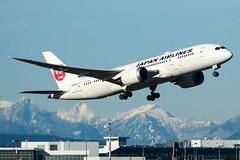 CYVR - Japan Airlines B787-8 Dreamliner JA825J (CKwok Photography) Tags: yvr cyvr japanairlines b787 dreamliner ja825j