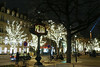 Avenue Montaigne - Paris (France) (Meteorry) Tags: europe france idf îledefrance paris champselysées avenuemontaigne montaigne toureiffel eiffel eiffeltower street rue christmas illuminations trees arbres noël jul navidad weihnachten xmas wishes voeux franklinroosevelt franklindroosevelt 18000 milestone evening night nuit soir december 2017 meteorry