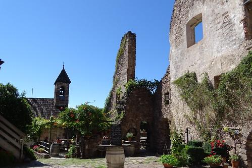 Auf Burg Hocheppan