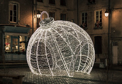 Have a great New Year's Eve :) (The Black Fury) Tags: newyearseve light christmas normandie france canon night newyear bayeux street old happynewyear city art