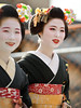 bright smile (byzanceblue) Tags: maiko geiko geisha gion kyoto japanese japan kimono black beautiful cute pretty lady woman girl female d850 nikkor bokeh
