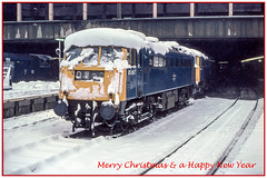 Snowbound (Nodding Pig) Tags: birmingham newstreet railway station westmidlands england greatbritain uk 1981 class85 electric locomotive 85007 al5 snow winter film scan transparency 35mm kodachrome64 pentaxsp1000 1981tr105r102bordergreeting britishrail londonmidlandregion