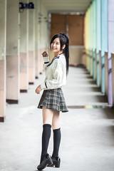 制服美少女の壁紙プレビュー