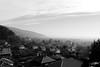 Village au loin BG (zuhmha) Tags: bulgaria bulgarie hiver winter paysage landscape horizon village brume ciel ville eau bâtiment