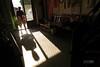 花蓮 富里鄉 新興村 (克魯斯忠) Tags: 暖陽 好天氣 陽光 光線 斜射光 屋子 家 木椅 沙發 桌子 溫暖 素材 素材庫 富里 花蓮 新興村 馬加碌 flickr 人 曬枕頭 婦女 12月
