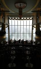 dekadent ohne End, die Überfahrt (QQ Vespa) Tags: colorline fähre ferry überfahrt ostsee schiff schifffahrt see meer dampfer luxus kronleuchter skagerrak restaurant dinner skandinavien schweden sweden norway norwegen