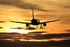 BARCELONA-EL PRAT AIRPORT. (Josep Ollé) Tags: sunset contrallum contraluz aproximación aterrizaje aeropuerto airport internacional international aviación fotos spotters spotting barcelona bcn lebl