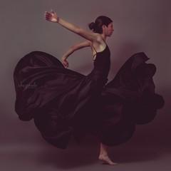 Ollin #mexico #cdmx #portraitphotography #ichapineda #photoofday #portraits #talentosmex #rostrosmx #dance #dancephotography #igcdmx #igcdmx #studiolight #photoshoot #diseñomexicano (ichapineda.diseño) Tags: mexico cdmx portraitphotography ichapineda photoofday portraits talentosmex rostrosmx dance dancephotography igcdmx studiolight photoshoot diseñomexicano