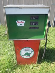 I have this pump setting in front of my garage my father have a Sinclair's gas station (billedgar8322) Tags: sinclair gas pump bill edgar station go auto