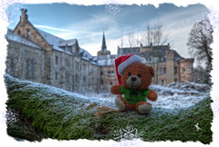 Season greetings (Ruinenvogel) Tags: weihnachten christmas natale winter wish hdr castle berlinbear